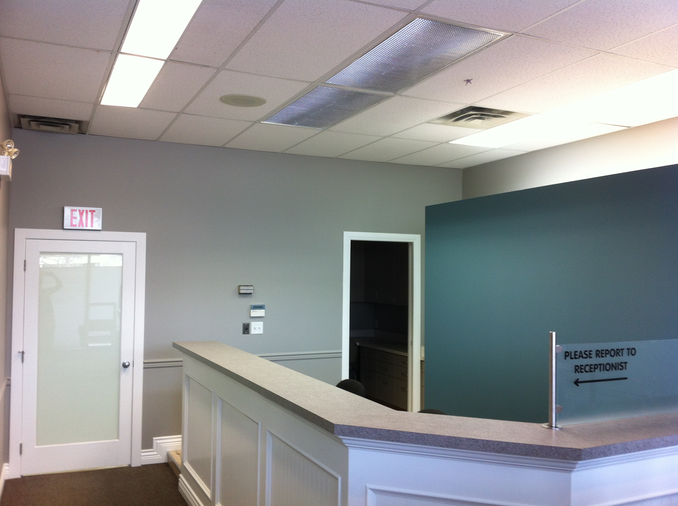Low voc benjamin moore regal paint used on kelowna dentist for Benjamin moore corporate headquarters